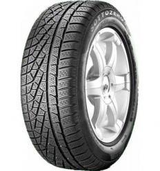 Pirelli Személy 305/35 V104
